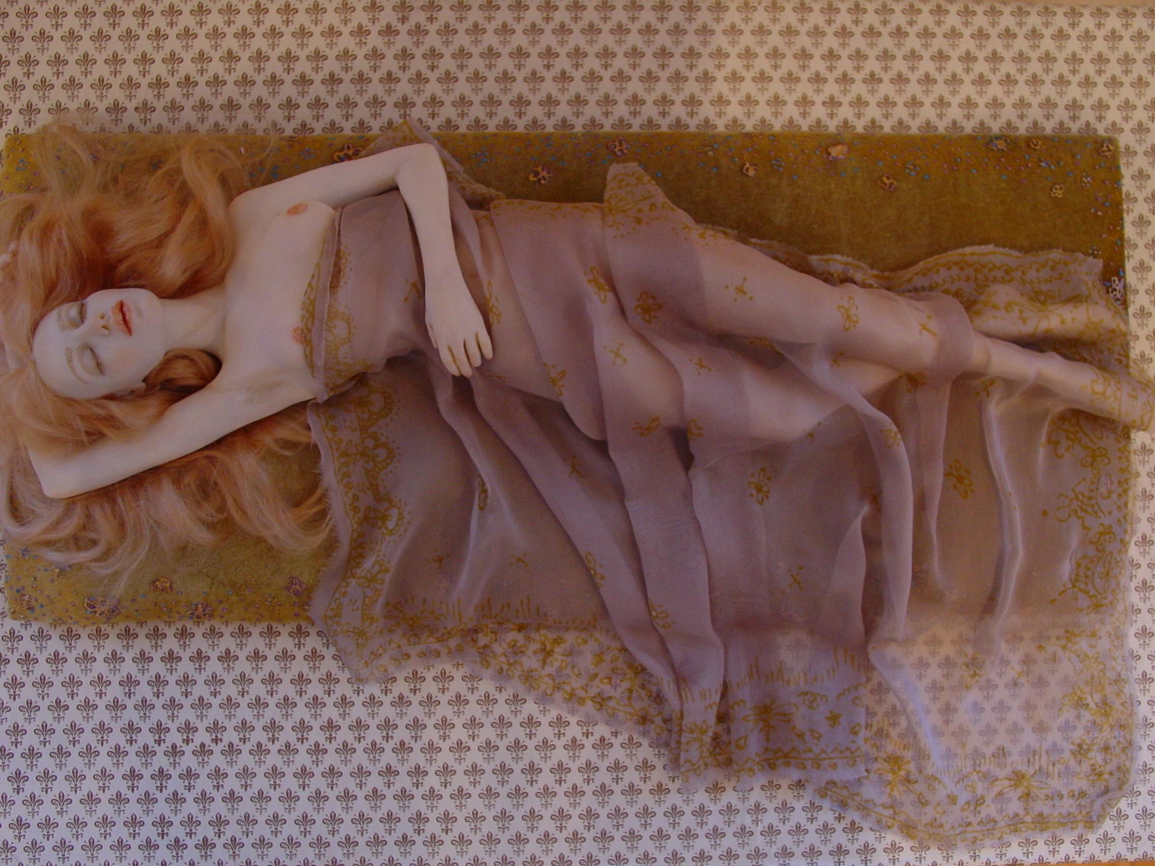 Фото голие кукли 18 фотография